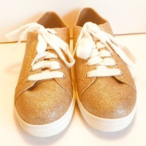 EXPRESS Women's 7 Rose Gold Sparkly Tennis Shoes